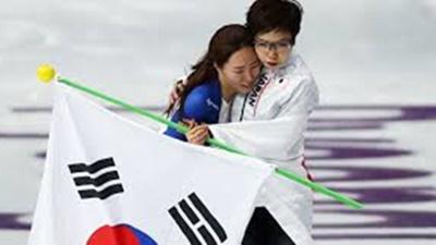 女子スピードスケートのトップ選手2名が日韓友情賞を受賞