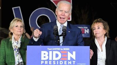 民主党大統領候補者にバイデン氏が浮上