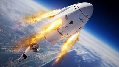 宇宙船クルードラゴンの打ち上げに成功